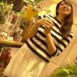 【盗撮動画】逆さHERO!観葉植物ショップの美人店員のお姉さんのパンチラを無事に撮影成功www