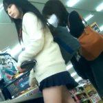 【盗撮動画】イイやつです!抜群に正統派美少女の制服JKのお買い物に無断密着してパンチラ攻略www