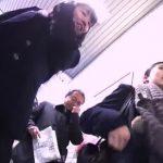 【HD盗撮動画】鮮度抜群!爽やか制服美少女を尾行しながら撮影した食い込みパンチラ!!