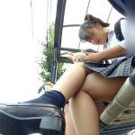 【HD盗撮動画】制服女子校生が通学で使用するバスに乗り込むとパンチラ撮り放題www