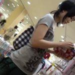 【HD盗撮動画】ニーハイ激カワ美人ギャルの胸チラもパンチラも最高すぎた隠し撮り映像www