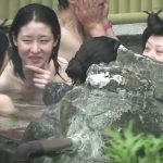 【HD盗撮動画】イイやつです!旅館従業員が女子風呂で隠し撮りした全裸JDグループや熟女www