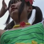 【盗撮動画】マジで超可愛い童顔ロリ美少女なコスプレイヤーの具洩れ注意なパンチラ映像www