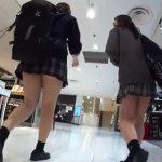 【盗撮動画】制服女子校生を尾行する緊迫感がヤバイ!放課後の美少女のもも肉とパンチラ!!
