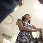 【盗撮動画】逆さHERO!清楚で綺麗な大人のお姉さん!美人ショップ店員さんのパンチラ隠し撮りwww