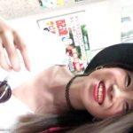 【HD盗撮動画】いま名古屋がヤバイ!駅で美人お姉さんに話しかけてパイ揉みしようとしたり捲りパンチラ!