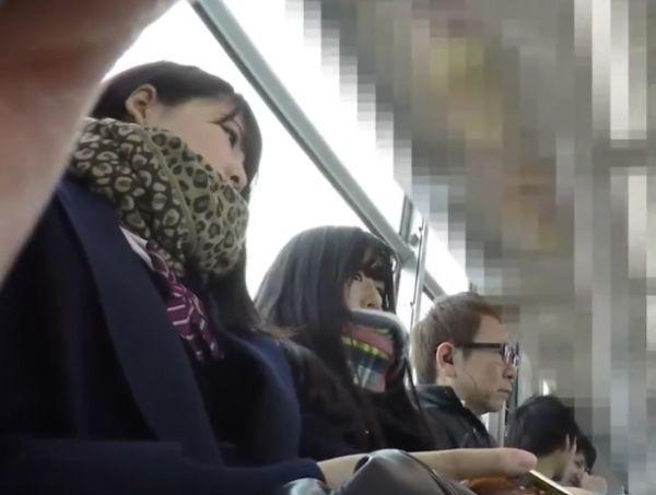 【HD盗撮動画】超清潔そうな美白美肌の清純女子校生をストーカーして撮影したパンチラ映像がコレ!