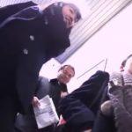 【盗撮動画】駅構内に張り込んで制服美少女のパンチラを攻略し続けた映像報告がガチで危険すぎた!