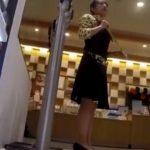 【盗撮動画】デパートで可愛らしい美人ショップ店員さんを見かけたのでパンチラを撮りまくってヤッタwww