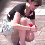 【盗撮動画】イイやつです!JS高学年くらいの無防備な美少女の股間からパンチラを徹底的に凝視する!!