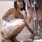 【盗撮動画】Mr.研修生!清純アイドル級の美人ショップ店員のお嬢さんのパンチラ危険撮り!!