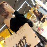 【隠撮動画】美人過ぎるショートヘア美形お姉さまの美脚の隙間からパンチラ逆さ撮り!!