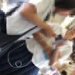 【HD盗撮動画】イイやつです!清純ピュアで溌溂健康的な制服美少女のパンチラ高画質撮りwww