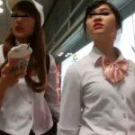 【盗撮動画】これ制服で学校バレるんじゃないのか!!!放課後の女子校生に粘着して顔撮りパンチラ隠し撮り!