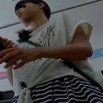 【盗撮動画】即削除!JS小◯生らしき美少女姉妹のパンチラを狙って逆さ撮りしてる危険物!!