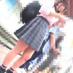 【隠撮動画】バス待ちの制服女子校生に目を付けた痴漢魔がいっしょに同乗して女性器を捏ね繰り返した!