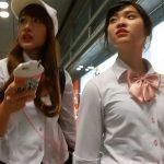 【HD盗撮動画】可愛らしい制服お嬢さん二人組を尾行しながらパンチラを隠し撮りした!