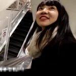 【HD盗撮動画】スレンダー清純女子校生の食い込みパンチラを尾行しながら隠し撮り!!