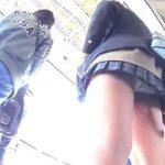 【盗撮動画】通学中のJKギャルの純白パンティGET!尾行しながらパンチラを隠し撮り!!