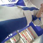 【盗撮動画】美用品売り場で上品な美人ショップ店員のおねーさんのパンチラ逆さ撮り!