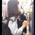 【盗撮動画】まさかの危険行為!女子高生やギャルのスカートを捲りパンチラを隠し撮り!