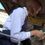 【HD盗撮動画】美少女の純白パンティ!ショートヘア女子校生に粘着してパンチラ隠し撮り!