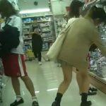 【盗撮動画】素人隠し撮り作品!地元の女子校生達のパンチラを無断撮影した本物映像!!