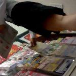 【盗撮動画】レア物パンティ!旅行会社の清楚系美人ショップ店員のパンチラ隠し撮り!!