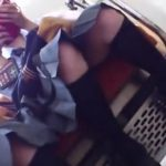 【盗撮動画】マジで可愛い制服美少女の股間!電車で特等席から覗き込める至福の時間!