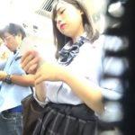 【盗撮動画】マセガキ美少女の情熱パンティ!JK娘を尾行しながらパンチラ隠し撮り!!