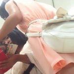 【盗撮動画】雰囲気抜群な激カワ女子大生の二人組美人さんのパンチラを無断撮影!!
