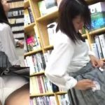【盗撮動画】まさに脅威!制服美少女のパンチラ撮影に興奮のあまり精子ブッカケ逃走!!
