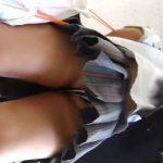 【盗撮動画】すでに美形すぎて将来有望!制服女子校生の背中チラ&食い込みパンチラwww