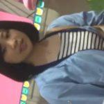 【盗撮動画】イイやつです!清潔感溢れる黒髪の素人お嬢さんのパンチラ隠し撮り!!