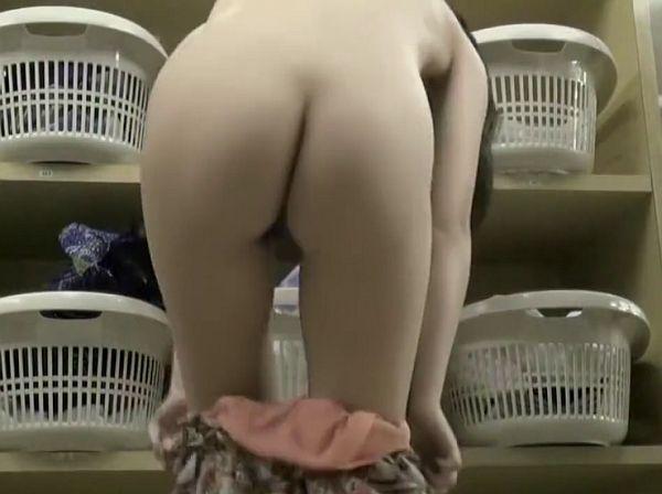 【HD盗撮動画】イイやつです!リアル女子風呂脱衣所素人女性の無防備な裸体だらけ!!