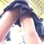 【HD盗撮動画】鮮度が違いすぎる!!!現役JKの下半身から淫らにパンチラ隠し撮り!!