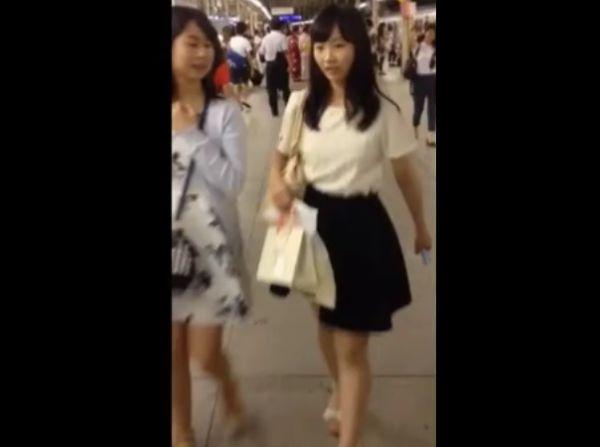 【盗撮動画】マジ堪んねえ!超かわいい清純美女さんを尾行してスカート捲りパンチラ!