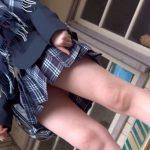 【HD盗撮動画】脅威のムチ尻食い込み!!!ショートヘア美少女JKの絶品パンチラ隠し撮り!