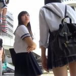 【HD盗撮動画】至近距離すぎて臨場感半端ねえ!!!セーラー服美少女二人組を接写!!