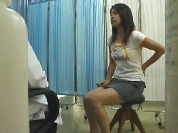 【盗撮動画】美人ギャルや妊婦まで被害に肛門科医が無断で隠し撮りしたアナル診療!!